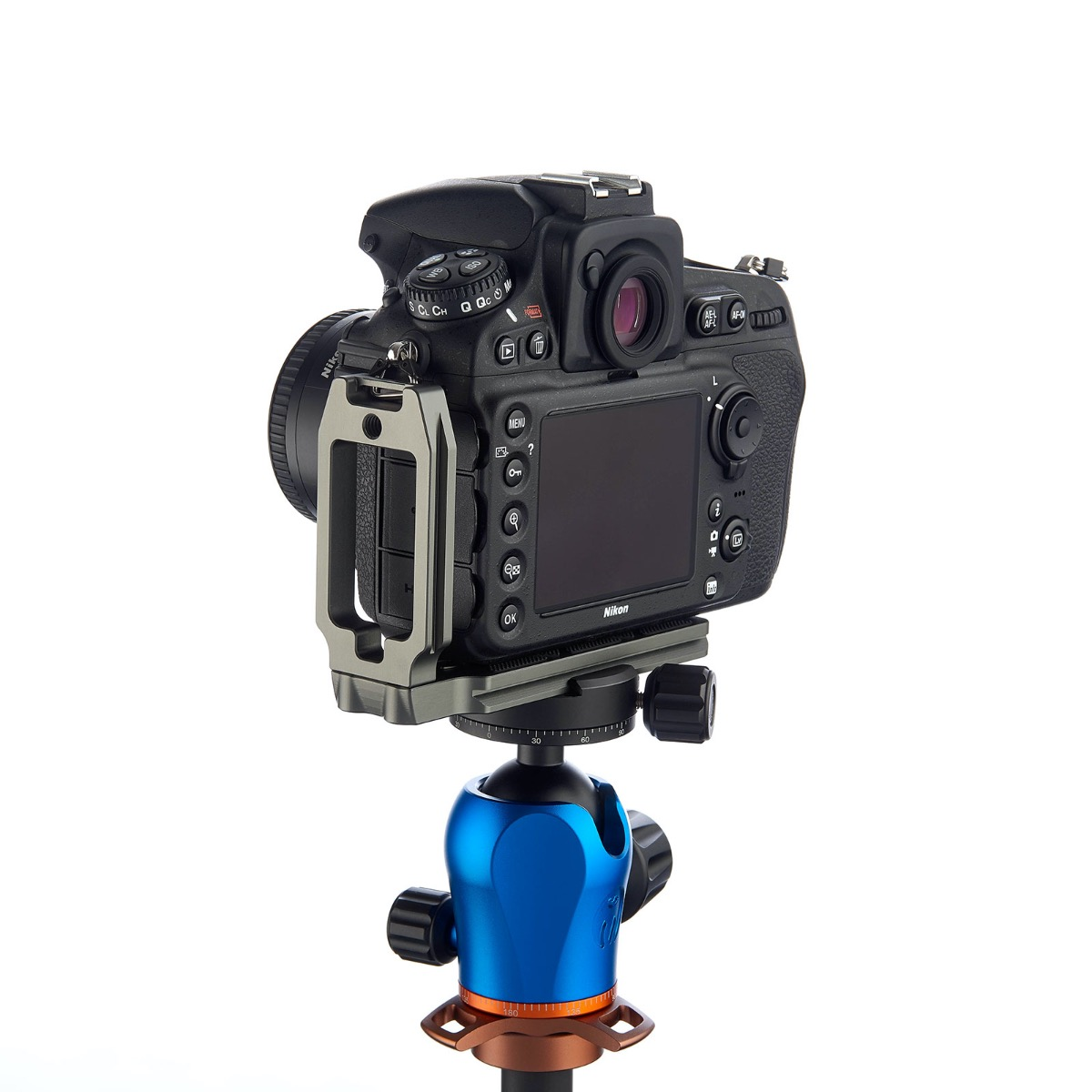 QR11-Nikon-D810